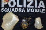 Viaggia in bus con 700 grammi di cocaina pura, arrestata a Ragusa