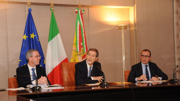 Ponte sullo Stretto, Danilo Toninelli, Nello Musumeci, Sicilia, Politica