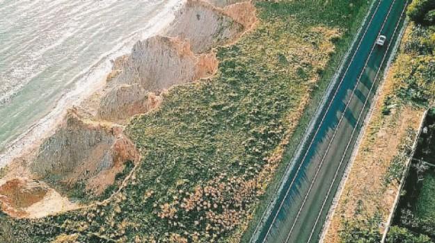 erosione, porto empedocle, Agrigento, Economia
