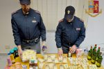 Quattro furti in meno di un'ora nei supermercati del Modicano: due arresti