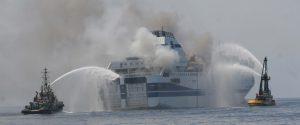 Incendio sul traghetto Florio della Tirrenia