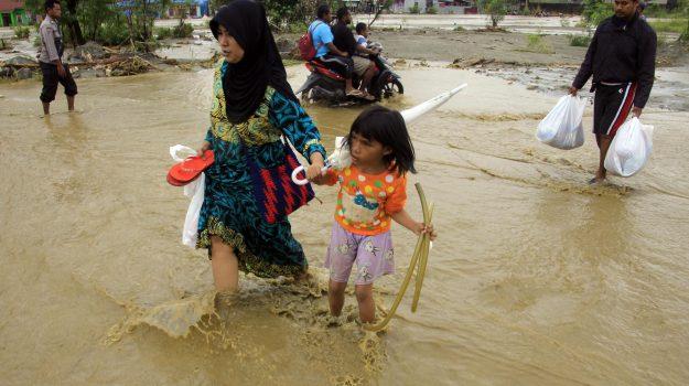 alluvioni, Indonesia, morti, Sicilia, Mondo