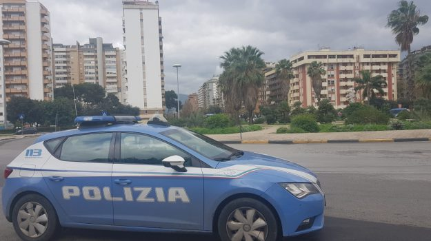 droga, pusher, via De Gasperi, Palermo, Cronaca
