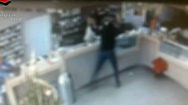 bar, misterbianco, rapina, Vincenzo Solimene, Catania, Cronaca