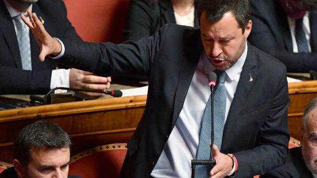 caso diciotti, migranti, Senato, Matteo Salvini, Sicilia, Politica