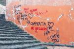 Vandali in azione a Paternò, imbrattati i monumenti sulla collina storica