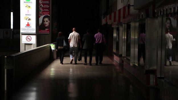 blackout, Venezuela, Juan Guaidó, Sicilia, Mondo
