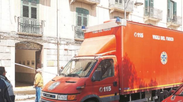 carabinieri, via Giovan Battisti Fardella, vigili del fuoco, Trapani, Cronaca