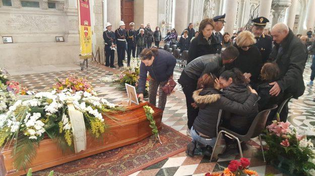 donna uccisa, Santa Lucia sopra Contesse, Alessandra Musarra, Messina, Cronaca