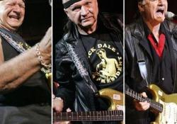 Addio Dick Dale, re del surf: scrisse «Misirlou», la canzone-culto di Pulp Fiction Aveva 81 anni ed era definito il re della chitarra «Surf»: Tarantino scelse il suo brano per il film capolavoro e divenne di nuovo famosissimo - Corriere Tv