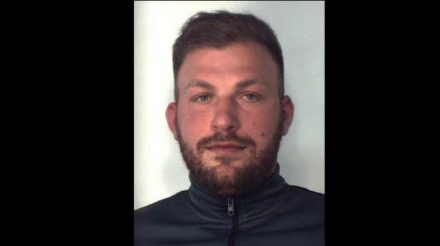 arresti spaccio, droga, Catania, Cronaca