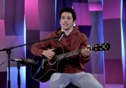 Austin Mahone, live acustico di «Why Don't We»  - CorriereTV