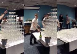 Come distruggere in pochi secondi una piramide di bicchieri di Champagne Questo barista stava dando gli ultimi ritocchi ad una piramide di Champagne quando è crollato tutto - CorriereTV
