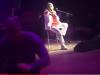 Tensione al concerto di Toto Cutugno a Kiev, un uomo fa irruzione sul palco - Foto