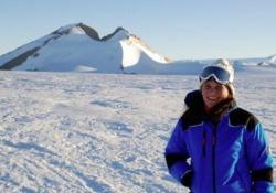 Dall'Antartide allo spazio, la nuova avventura dell'ingegnera toscana specializzata in complessità  Chiara Montanari ha partecipato anche come leader a 5 spedizioni al Polo Sud. Ora è interface manager del progetto astronomico Cta - Corriere Tv