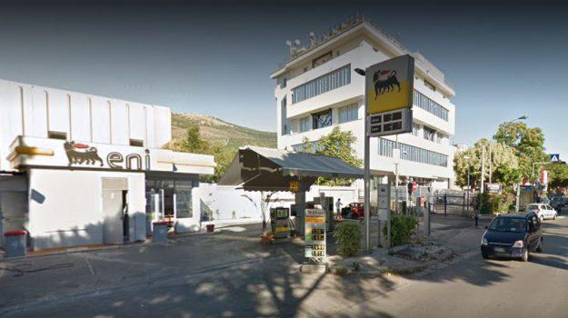 benzinai, rapina, via ugo la malfa, Palermo, Cronaca