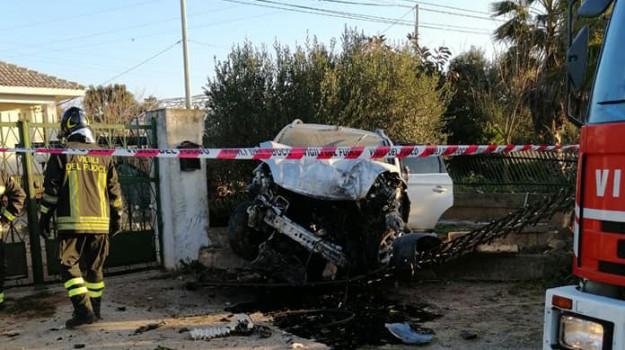 incidente stradale Scoglitti, Ospedale di Vittoria, scontro tra auto, Ragusa, Cronaca