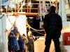 Migranti, a Pozzallo concluso lo sbarco dalla Mare Jonio: tutti sottoposti al tampone