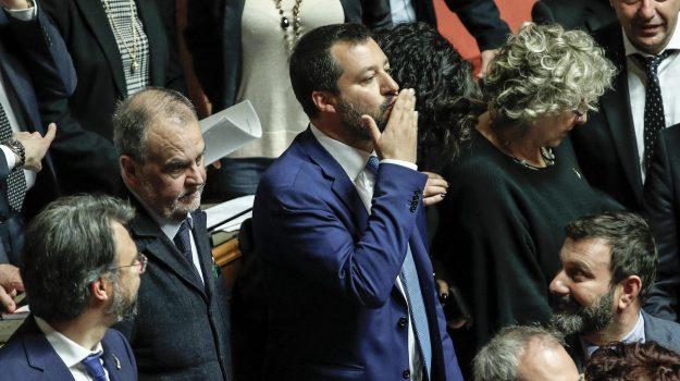 governo, legittima difesa, scontro m5s-lega, Matteo Salvini, Sicilia, Politica