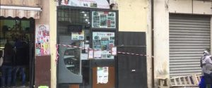 Palermo, il colpo a un minimarket di via Maqueda finisce nel sangue: rapinatore ucciso