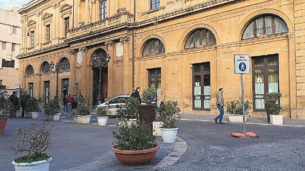 caltanissetta, LAVORO, preghiera, Caltanissetta, Cronaca