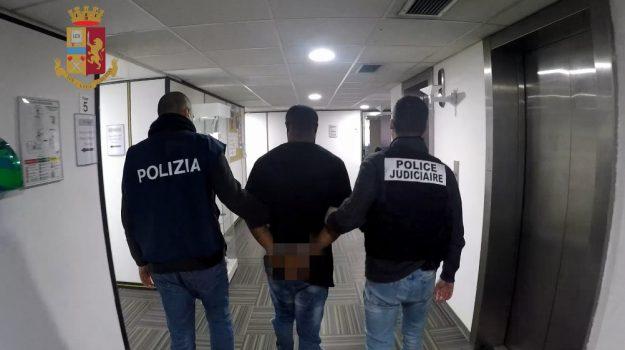 cara di mineo, droga, mafia, migranti, violenza sessuale, Catania, Cronaca