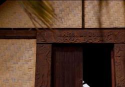 Paul Gauguin, la casa in Polinesia  La clip in anteprima  Una clip dal film «Gauguin a Tahiti. Il paradiso perduto» in sala il 25, 26, 27 marzo - Corriere Tv