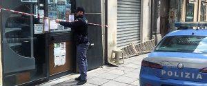 Palermo, la morte del rapinatore di via Maqueda: ai domiciliari due bengalesi ma è giallo
