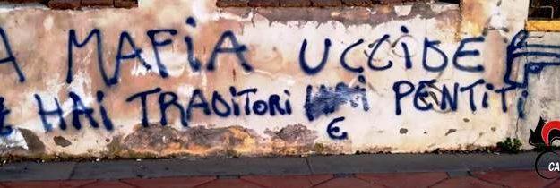 mafia, San Pietro Clarenza, scritta pro mafia, Catania, Cronaca