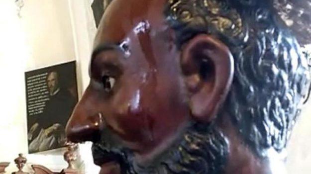 agira, statua che suda, statua di San Filippo, Statua miracolosa, Enna, Cronaca