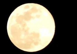 Superluna, le immagini dal mondo L'evento immortalato sui social - LaPresse