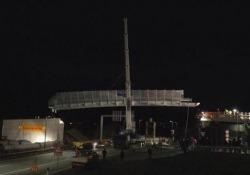 Un ponte in una notte: succede in Italia (non solo all'estero) Nel video in time-lapse la posa del ponte pedociclabile in provincia di Bolzano - CorriereTV