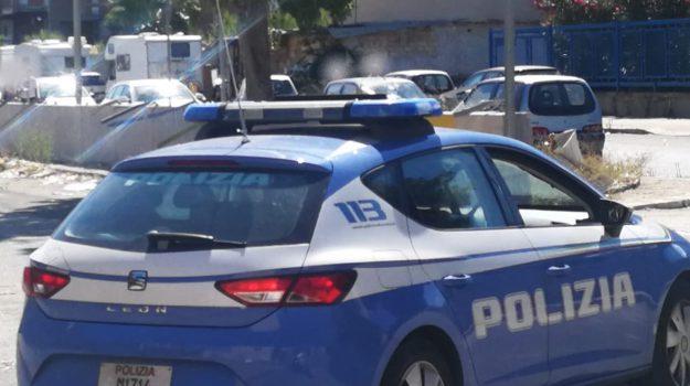 auto contromano, resistenza a pubblico ufficiale, sperone, Palermo, Cronaca