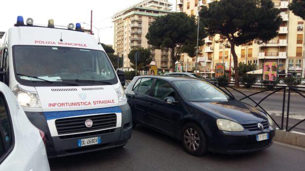 incidente, piazza Virgilio, via Bandita, via pitre, Palermo, Cronaca