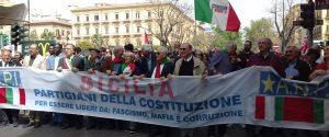 """25 aprile a Palermo, corteo e polemiche: """"Manifestazione al Giardino Inglese anticipata"""""""
