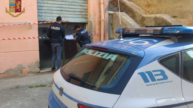 ciclomotori, deposito, polizia, Messina, Cronaca