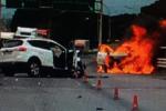 Grave incidente a Giardini Naxos, auto in fiamme e due feriti gravi