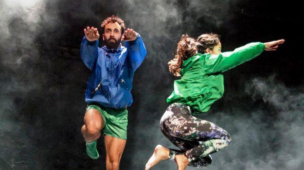 conformazioni, festival di danza, Giuseppe Muscarello, Palermo, Società