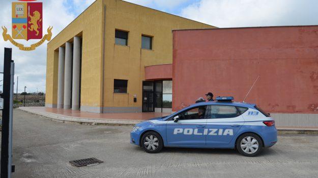 modica, polizia, tentato furto, Ragusa, Cronaca
