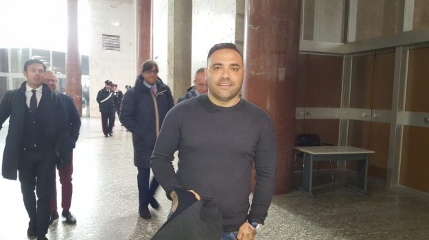 estorsione, mafia, Fabrizio Miccoli, Palermo, Cronaca
