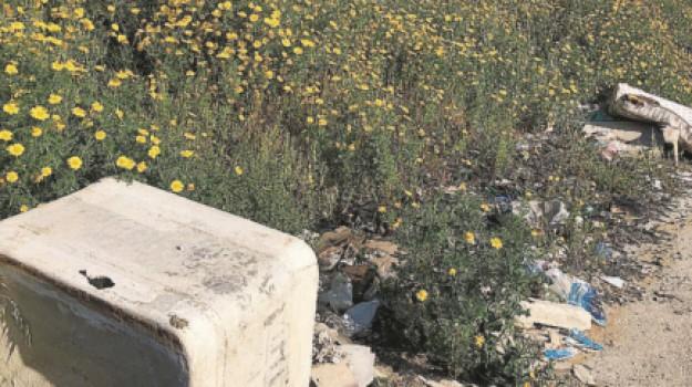 amianto, favara, rifiuti, Agrigento, Cronaca