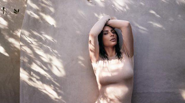 Kim Kardashian, Sicilia, Società
