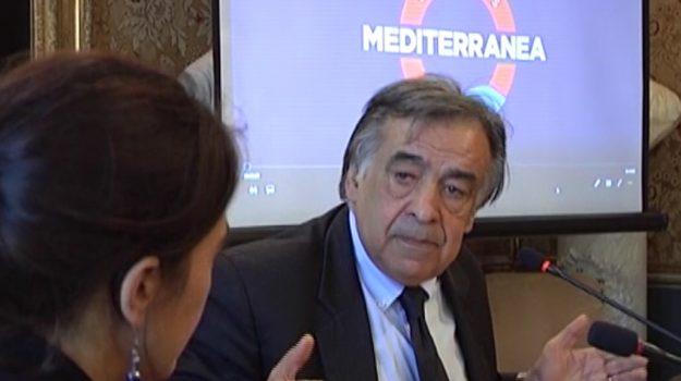 Ancisicilia, Province, Leoluca Orlando, Sicilia, Economia