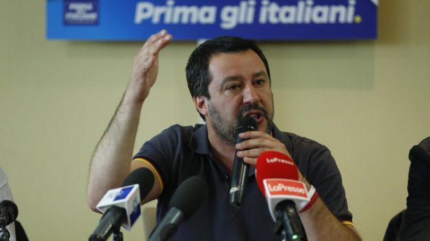 direttiva Salvini, migranti, Leoluca Orlando, Matteo Salvini, Sicilia, Politica