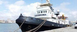 La nave Mare Jonio al porto di Marsala