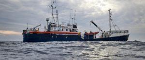 """Alan Kurdi al largo di Malta, Orlando alla Ong: """"Portate i migranti in Sicilia"""""""