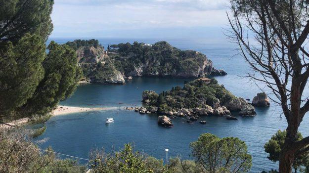 ambiente, isola bella, Messina, Cronaca