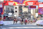 Giro di Sicilia, Riccardo Stacchiotti trionfa in volata nella Catania-Milazzo
