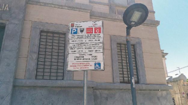 Piazza Scarlatti, sosta a pagamento, Vincenzo Abbruscato, Trapani, Cronaca