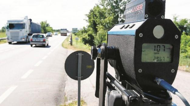 polizia, sicurezza stradale, telelaser, Ragusa, Cronaca
